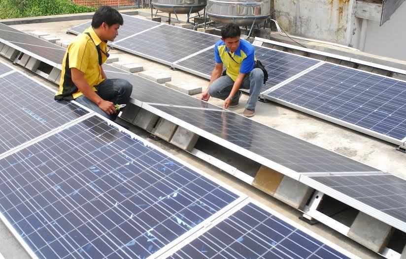 Modal Rp 3 Juta Bisa Punya Panel Surya Di Atap Rumah