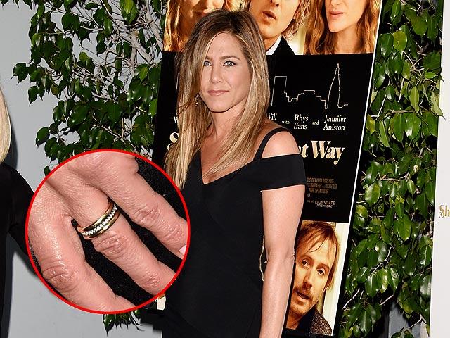 Ini Cincin Kawin Emas dan Berlian Jennifer Aniston