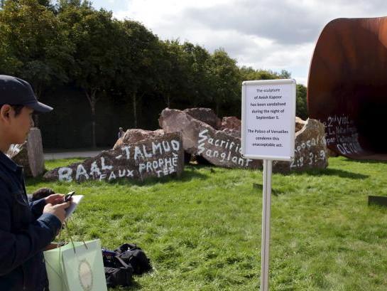 Patung Kontroversial Anish Kapoor di Prancis Akhirnya Diperbaiki