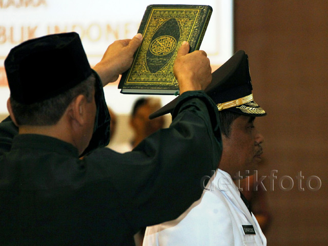 Soni Sumarsono Dilantik Jadi Pejabat Gubernur Sulut