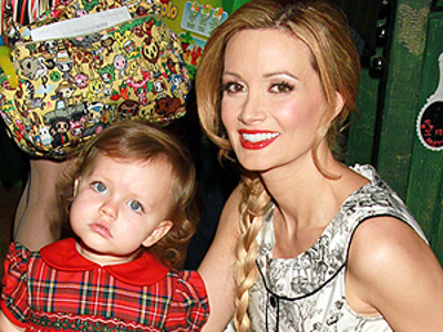 Holly Madison Tak Ingin Putrinya Ikut Jadi Model Playboy