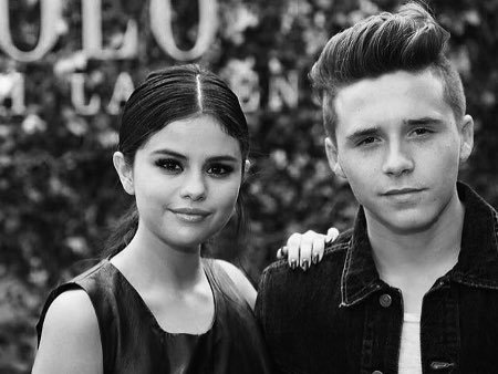 Selena Gomez Jawab Kabar Dirinya Pacaran dengan Brooklyn Beckham