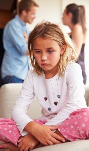 Ketika Pernikahan Berakhir dengan Cerai, Bagaimana Cara Bicara ke Anak?