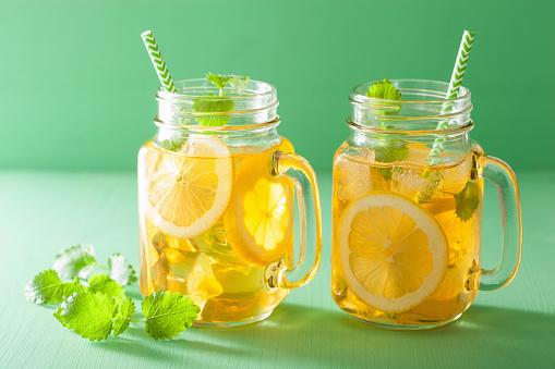 <i>Lemon Tea</i> Hingga Es Kelapa Jeruk, Minuman Populer Berbahan Jeruk