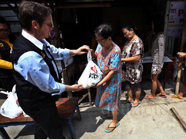 Pasar Sembako Murah untuk Warga Pademangan