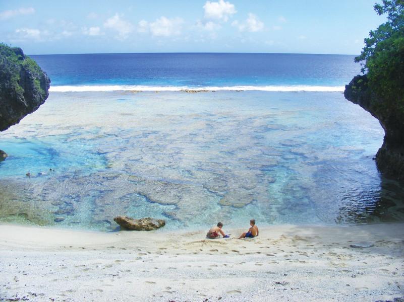 Surga yang Kesepian di Samudera Pasifik