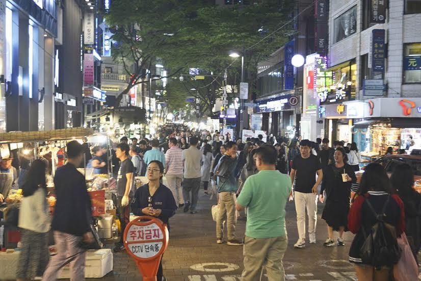 Make Up Sampai Kuliner, Myeongdong Surganya Traveler di Seoul