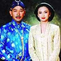 Cerai, Tata Siap Tinggalkan Rumah Tommy Soeharto
