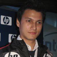 Cristian Sugiono: Notebook Bagaikan Pacar Kedua