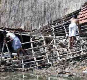 Badai Aila Terjang India