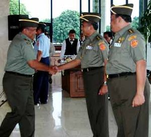 Empat Belas Pati TNI Naik Pangkat