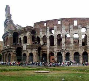 Colosseum dan Aksi Gladiator
