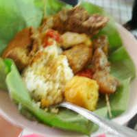 Nasi Jamblang yang Bikin Kenyang