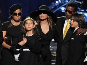 Michael Jackson Tak Ingin Anaknya Diasuh Sang Ayah