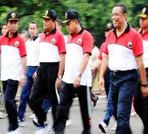 Panglima TNI Gerak Jalan Santai