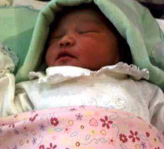 Putri Pertama Masayu Anastasia Lahir