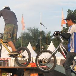 Komunitas Sepeda Terpaksa Pindah Tempat Latihan