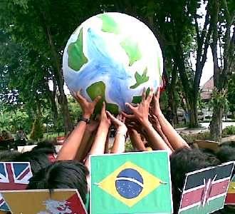 Aksi Kritisi KTT Perubahan Iklim