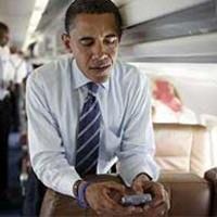 Obama Pantau BlackBerry Tiap Setengah Jam