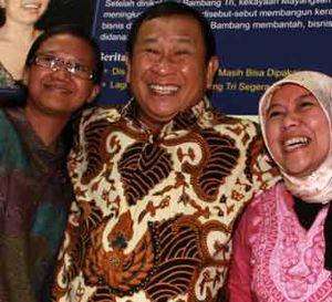 Susno Diserbu Wartawan