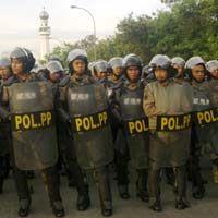 Pelayanan Bea Cukai Terganggu Kerusuhan di Tanjung Priok