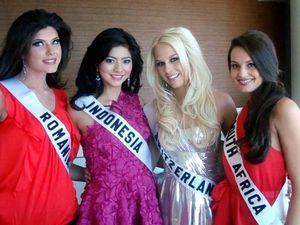 Qory Sandioriva di Miss Universe 2010