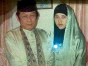 Aida & Zainuddin MZ