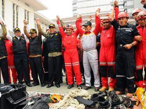 Perusahaan Tambang dan Migas Kirim Relawan Bencana