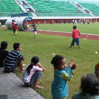 Latihan PSS Jadi Hiburan bagi Pengungsi