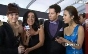 Agnes Monica Berbahasa Indonesia di American Music Awards