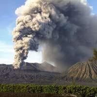 Gunung Bromo Meletus, Jatim Siap Hadapi Kondisi Terburuk