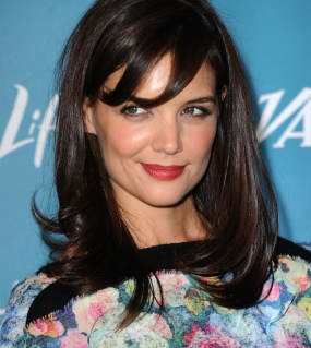 Katie Holmes Kesepian Jadi Istri Tom Cruise