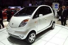 Mobil Termurah Sejagat Nano Segera Diproduksi di Indonesia