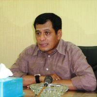 Nurdin Halid Lantik Pengurus PSSI Riau