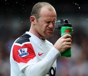 Didakwa FA, Rooney Terancam Absen di Dua Laga