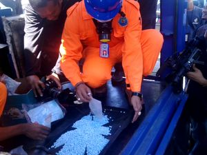 BNN Musnahkan Barbuk Narkoba Eric Chan