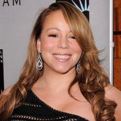 Mariah Carey Liburan Mewah Tanpa Suami