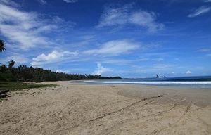 Nias Memang Bukanlah Lombok atau Bali