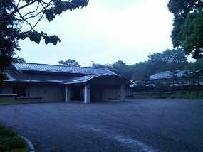 Melihat Lebih Dekat Istana Kaisar Jepang