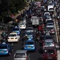 Pembatasan Mobil Ganjil-Genap Siap Diterapkan