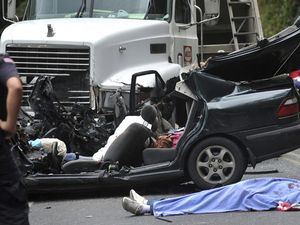 Bek Kosta Rika Tewas Dalam Kecelakaan