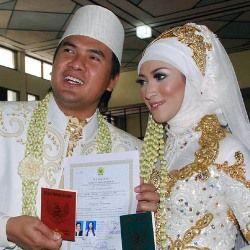 Ramai-ramai Berduka untuk Istri Saipul Jamil