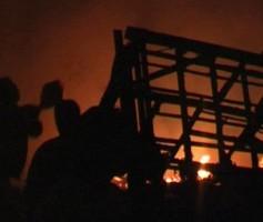 Ponpes Pesantren Rancabango Tarogong Garut, Nyaris Habis Terbakar.