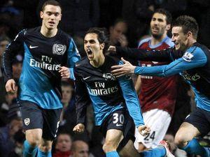 Gol Benayoun Menangkan Arsenal