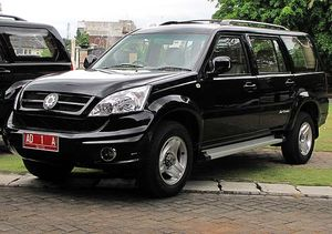 Menjajal Mobil Jokowi