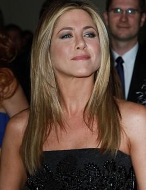 Jennifer Aniston Tak Punya Rencana Menikah dengan Justin Theroux
