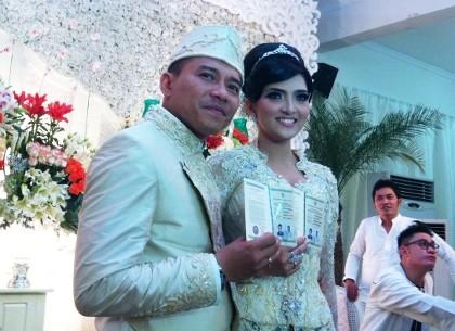 Resmi Menikah, Anang Ajak Ashanty Keliling Jakarta Pakai Moge
