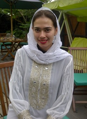 Jelang Nikah, Catherine Wilson Khatamkan Alquran