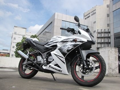 Kawasaki Ninja 150RR Terbaru, Lebih Nyaman Diajak Meliuk-liuk
