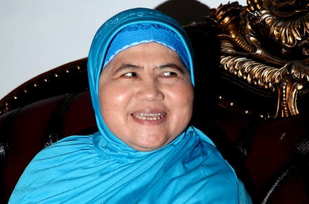 Mamah Dedeh, Penceramah Kondang yang Ingin Jadi Pelukis